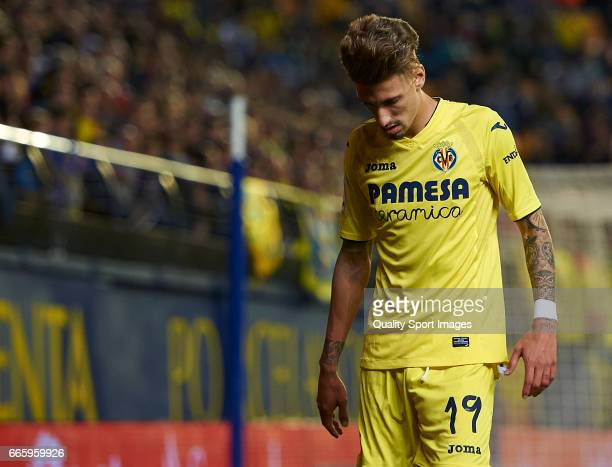 Samuel Castillejo of Villarreal reacts during the La Liga match between Villarreal CF and Athletic Club at Estadio de la Ceramica on April 7 2017 in...