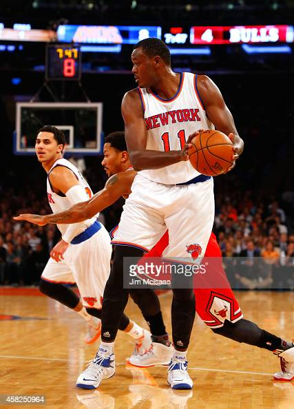 Samuel Dalembert of the New York Knicks in action against the Chicago Bulls at Madison Square Garden on October 29 2014 in New York City The Bulls...
