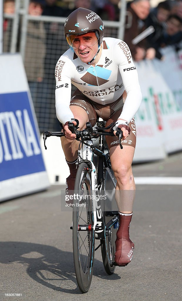 <a gi-track='captionPersonalityLinkClicked' href=/galleries/search?phrase=Samuel+Dumoulin&family=editorial&specificpeople=760365 ng-click='$event.stopPropagation()'>Samuel Dumoulin</a> of France and Team AG2R La Mondiale rides during the prologue of 2.9 km of the 2013 Paris-Nice on March 3, 2013 in Houilles, Yvelines, France.