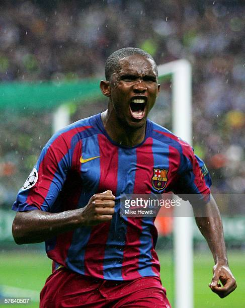 Samuel Etoo of Barcelona celebrates scoring the equalising goal during the UEFA Champions League Final between Arsenal and Barcelona at the Stade de...