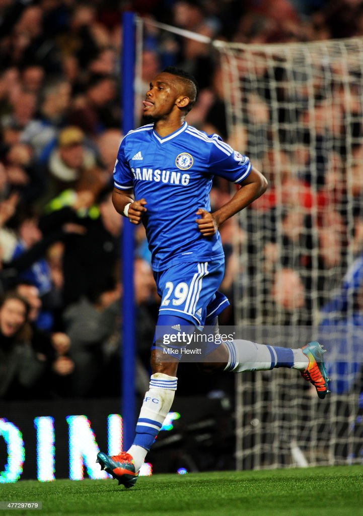 <a gi-track='captionPersonalityLinkClicked' href=/galleries/search?phrase=Samuel+Eto%27o&family=editorial&specificpeople=210530 ng-click='$event.stopPropagation()'>Samuel Eto'o</a> of Chelsea celebrates after scoring his team's first goal during the Barclays Premier League match between Chelsea and Tottenham Hotspur at Stamford Bridge on March 8, 2014 in London, England.