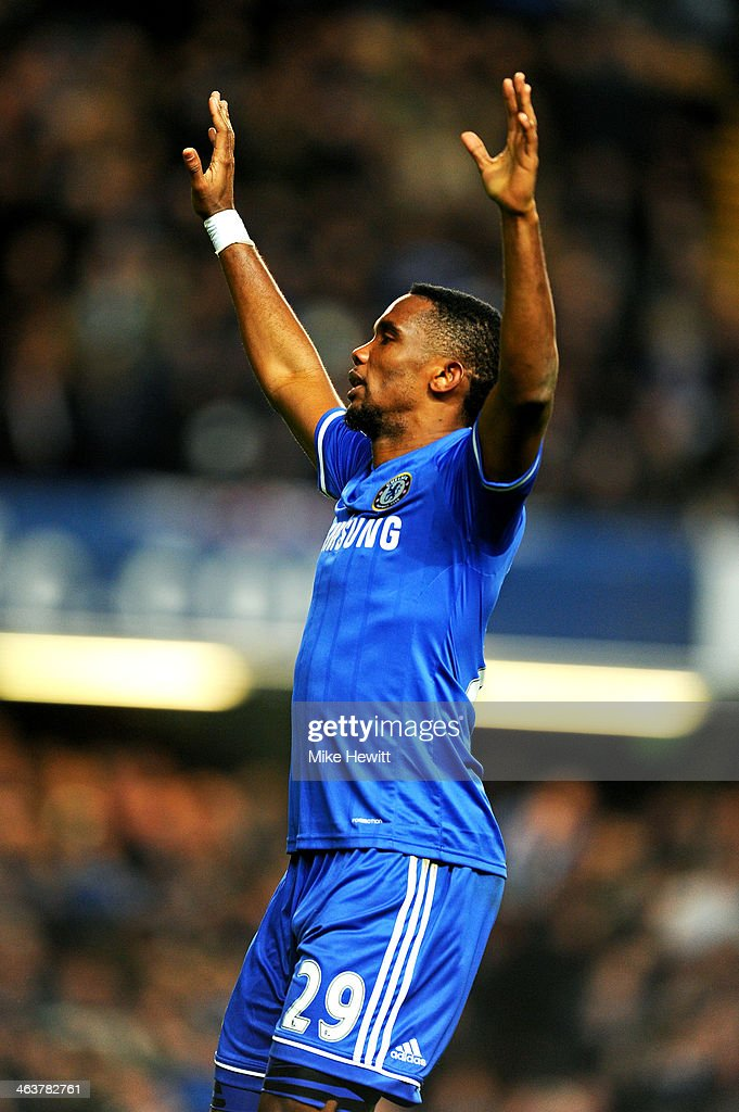 <a gi-track='captionPersonalityLinkClicked' href=/galleries/search?phrase=Samuel+Eto%27o&family=editorial&specificpeople=210530 ng-click='$event.stopPropagation()'>Samuel Eto'o</a> of Chelsea celebrates after scoring his team's third goal and completing his hat trick during the Barclays Premier League match between Chelsea and Manchester United at Stamford Bridge on January 19, 2014 in London, England.