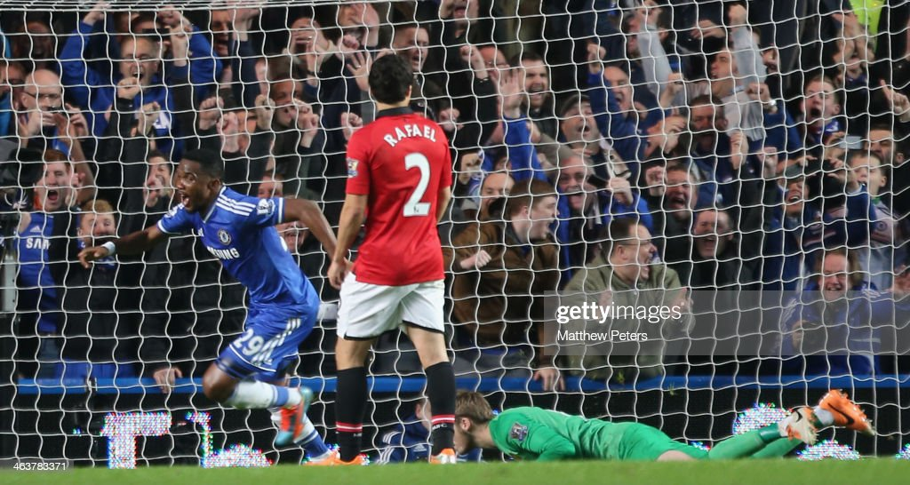 <a gi-track='captionPersonalityLinkClicked' href=/galleries/search?phrase=Samuel+Eto%27o&family=editorial&specificpeople=210530 ng-click='$event.stopPropagation()'>Samuel Eto'o</a> of Chelsea celebrates scoring their second goal during the Barclays Premier League match between Chelsea and Manchester United at Stamford Bridge on January 19, 2014 in London, England.