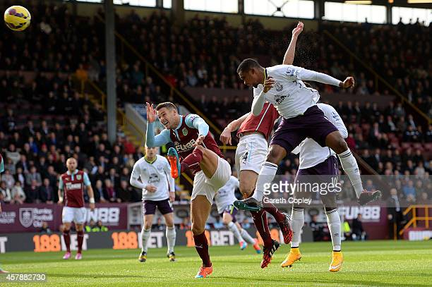 Samuel Eto'o of Everton scores the opening goal during the Premier League match between Burnley and Everton at Turf Moor on October 26 2014 in...