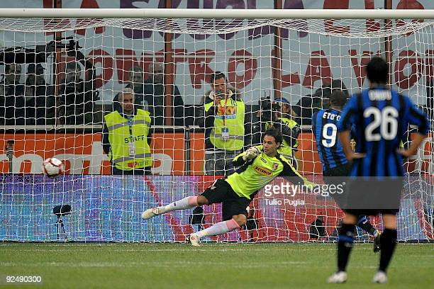 Samuel Eto'o of Inter scores a penalty during the Serie A match between FC Internazionale Milano and US Citta di Palermo at Stadio Giuseppe Meazza on...