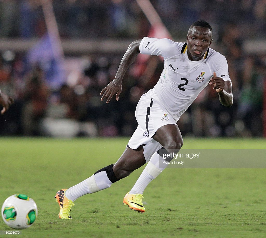 <a gi-track='captionPersonalityLinkClicked' href=/galleries/search?phrase=Samuel+Inkoom&family=editorial&specificpeople=5743031 ng-click='$event.stopPropagation()'>Samuel Inkoom</a> of Ghana controls the ball during the international friendly match between Japan and Ghana at International Stadium Yokohama on September 10, 2013 in Yokohama, Japan.