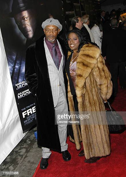 Samuel L Jackson and his wife LaTanya Richardson during 'Freedomland' World Premiere Outside Arrivals at Loews Lincoln Square in New York City New...