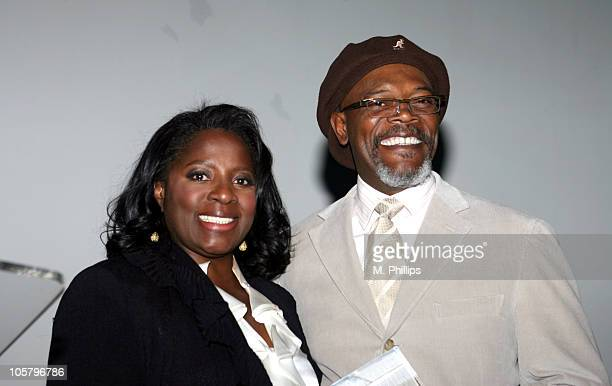 Samuel L Jackson and LaTanya Richardson receives the Hollywood Legacy Family Award