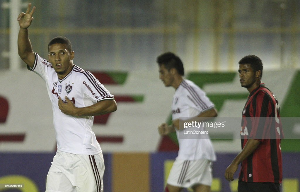 Samuel of Fluminense celebrates a goal against AtleticoPR during a match between Fluminense and AtléticoPR as part of the Brazilian Championship 2013...