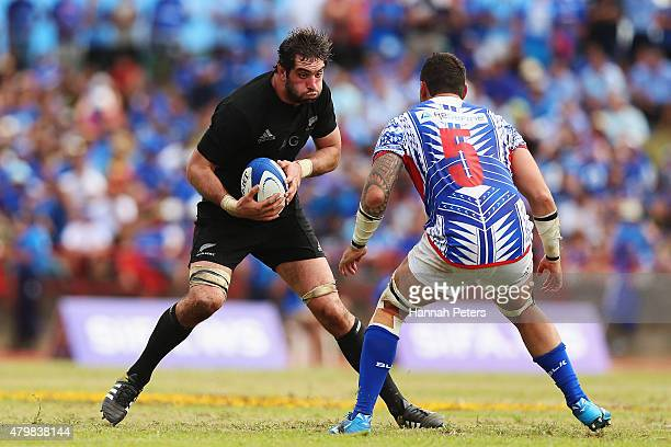 Samuel Whitelock of the New Zealand All Blacks charges forward during the International Test match between Samoa and the New Zealand All Blacks at...