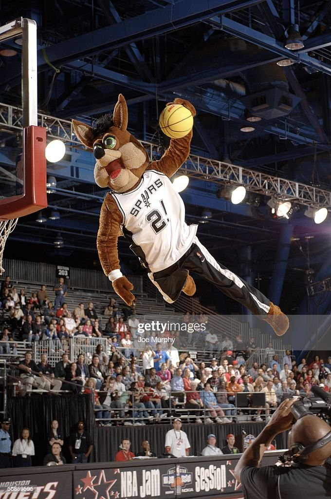 San Antonio Spurs mascot 'The Coyote' dunks the ball at NBA Jam Session Center Court during the 2006 NBA AllStar Weekend on February 15 2006 at the...