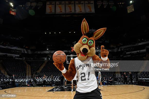 San Antonio Spurs mascot The Coyote poses with the official NBA Spalding basketball before Game Four of the Western Conference Quarterfinals against...