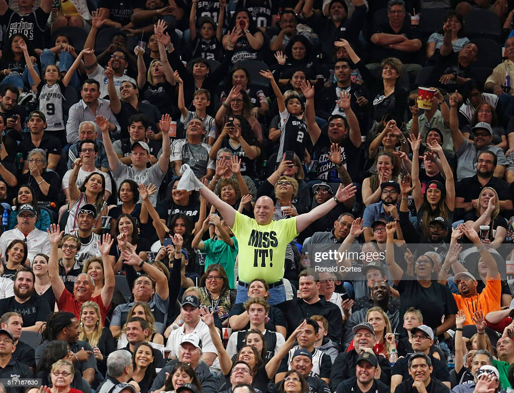 San Antonio Spurs try to distract a Miami Heat player at the foul line at ATT Center on March 19 2016 in San Antonio Texas NOTE TO USER User...