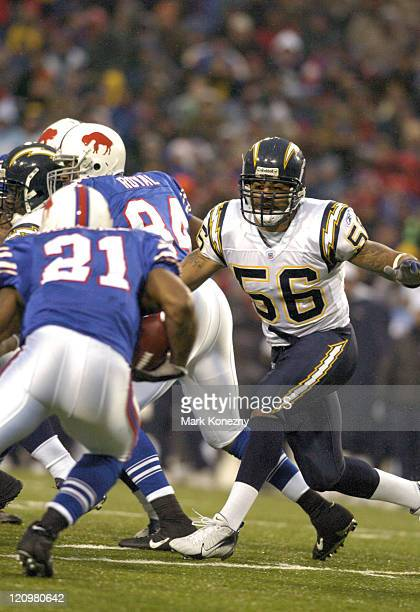 San Diego Chargers linebacker Shawne Merriman looks to make a tackle on Buffalo Bills Linebacker Willis McGahee during a game against at Ralph Wilson...