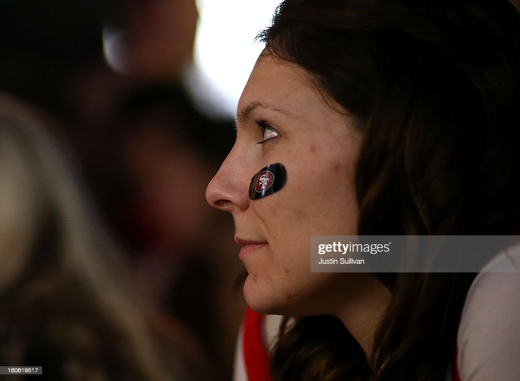 A San Francisco 49er fan watches Super Bowl XLVII at Ireland's 32 on February 3, 2013 in San Francisco, California. The San Francisco 49ers are facing off against the Baltimore Ravens in Super Bowl XLVII at the Superdome in New Orleans, Louisana.