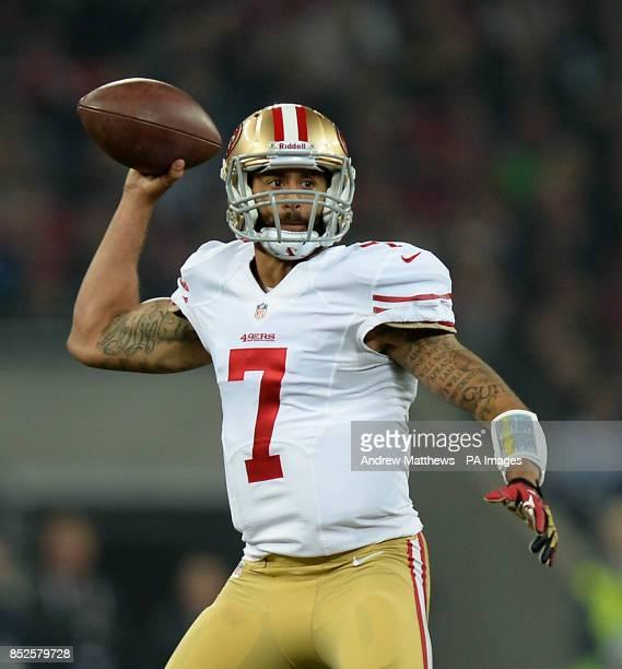 San Francisco 49ers' quarterback Colin Kaepernick prepares to throw the ball