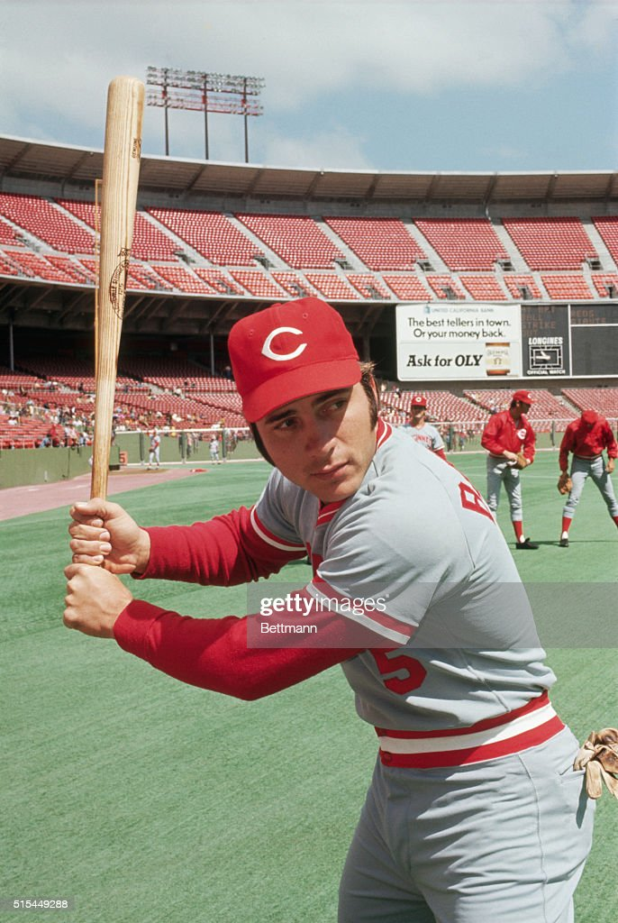 Cincinnati Reds catcher Johnny Bench shown in batting pose during April 14th game with Giants.