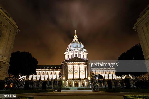 San Francisco City Hall at night