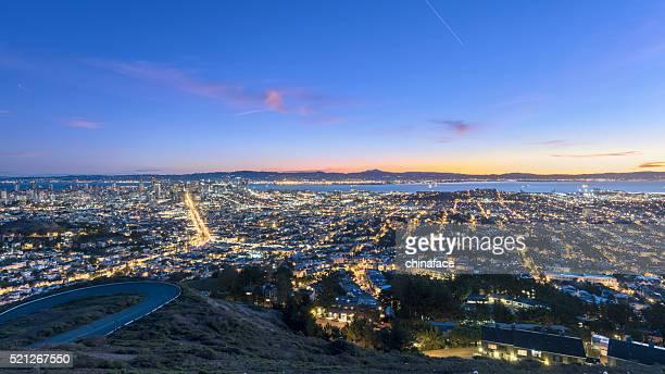 Stadtbild von San Francisco in sunrse