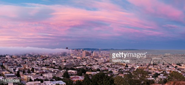 San Francisco downtown skyline beautiful pink twilight city panorama California