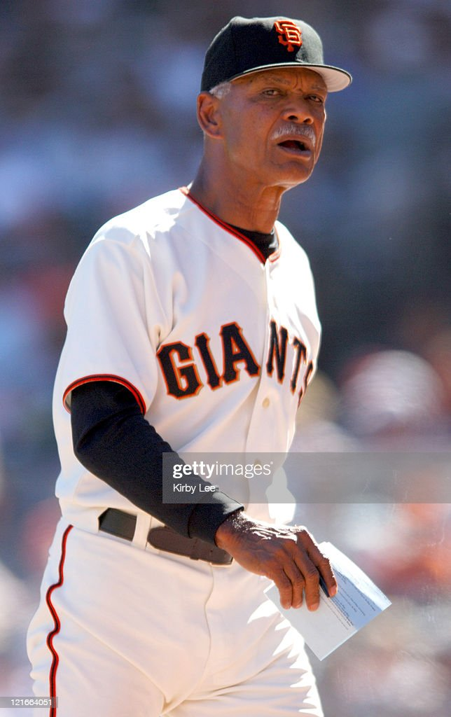 San Francisco Giants manager <a gi-track='captionPersonalityLinkClicked' href=/galleries/search?phrase=Felipe+Alou&family=editorial&specificpeople=93385 ng-click='$event.stopPropagation()'>Felipe Alou</a> during 2-1 victory over the New York Mets at SBC Park in San Francisco, Calif. on Saturday, August 27, 2005.