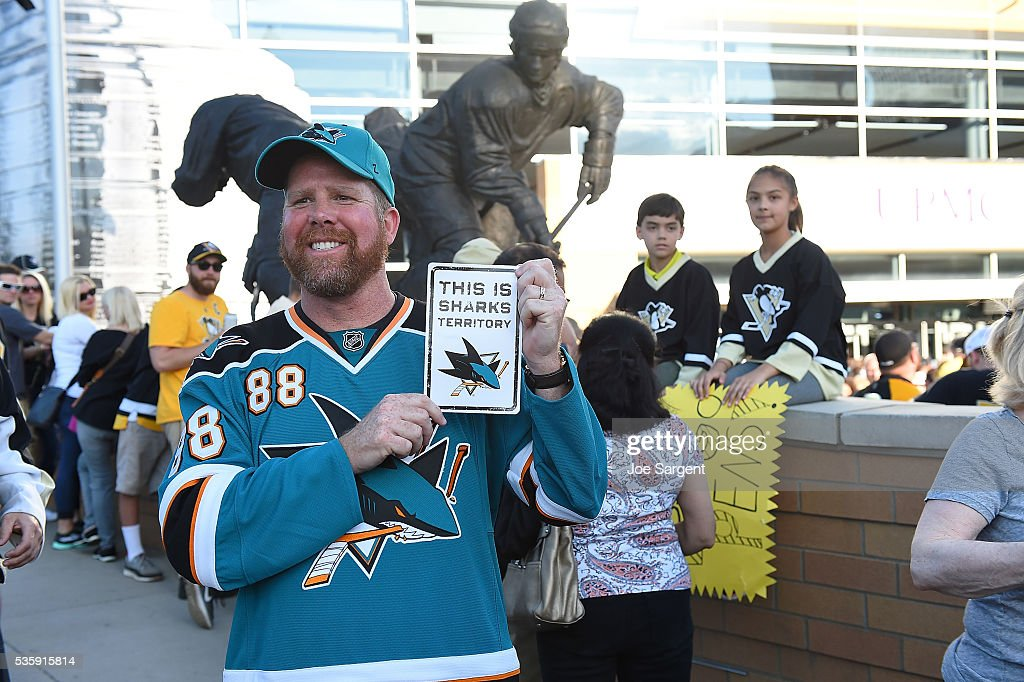A San Jose Sharks fan shows his support prior to Game One of the 2016 NHL Stanley Cup Final between the San Jose Sharks and the Pittsburgh Penguins at Consol Energy Center on May 30, 2016 in Pittsburgh, Pennsylvania.