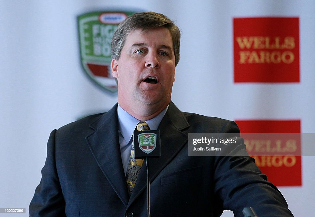 San Jose State football coach <a gi-track='captionPersonalityLinkClicked' href=/galleries/search?phrase=Mike+MacIntyre+-+American+Football+Coach&family=editorial&specificpeople=756577 ng-click='$event.stopPropagation()'>Mike MacIntyre</a> speaks to reporters during the Bay Area college football media day at the Hotel Nikko on August 1, 2011 in San Francisco, California. Players and coaches from Stanford, Cal and San Jose State football programs met with reporters ahead of the new season during Bay Area college football media day.