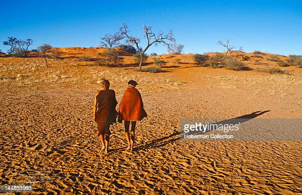 San Men Walking