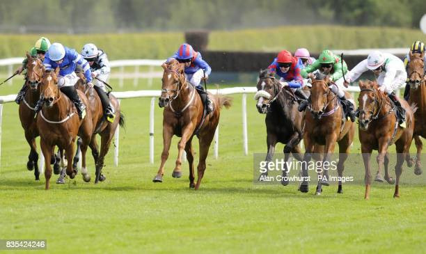 San Sicharia and Pat Smullen go on to win The totesportbingocom Chartwell Fillies' Stakes at Lingfield Park Racecourse