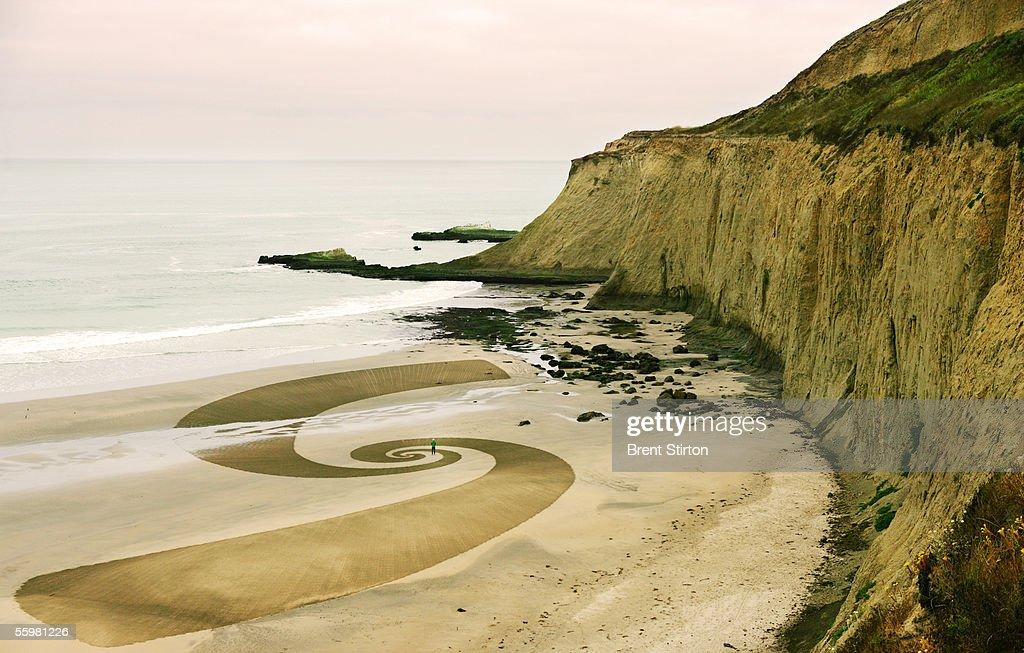 A sand drawing by artist and avant-garde chef Jim Denevan is shown August 5, 2005 in Canon Beach, Oregon. The 'Outstanding In The Field,' team, under the leadership of artist/chef Jim Denevan, hosts organic farm dinners in esoteric locations across America and into Canada.