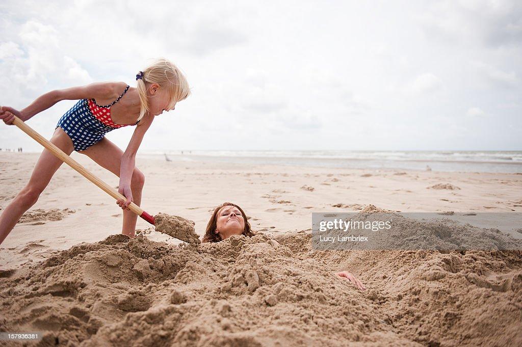 Sand mermaid making