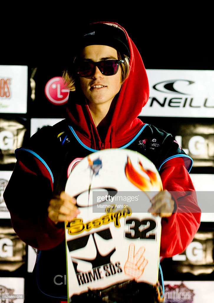 Sandbech Staale from Norway on the podium of the LG Snowboard International Ski Federation in London