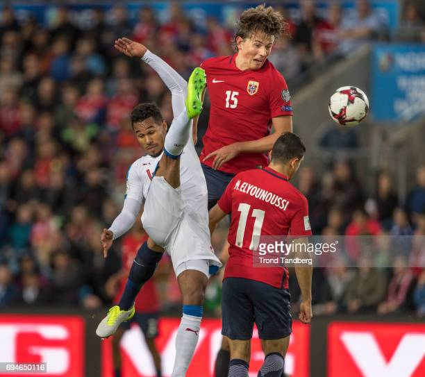 Sander Gard Bolin Berge Mohamed Amine Elyounoussi of Norway during the FIFA 2018 World Cup Qualifier between Czech Republic v Norway at Ullevaal...