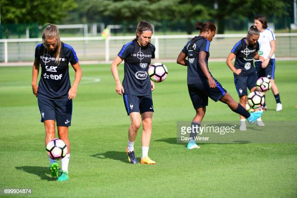 Sandie Toletti Elise Bussaglia Onema Grace Geyoro and Eve Perisset of France during the France women's training session at Centre National du...