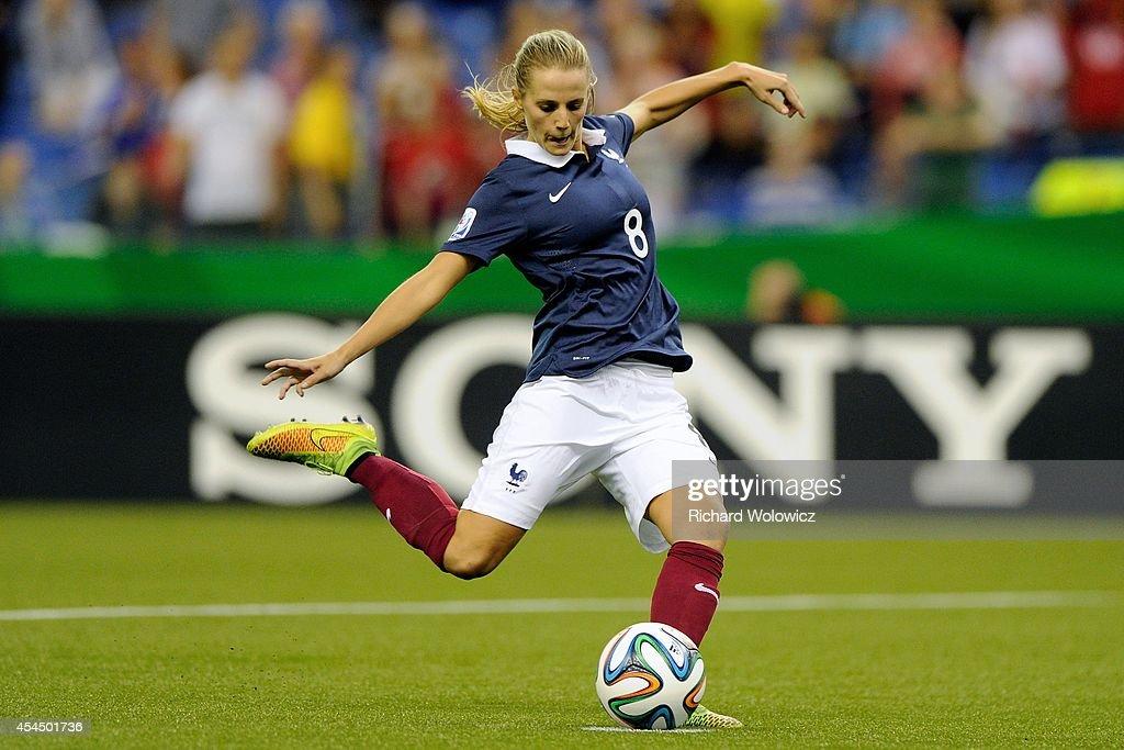 France v Korea Republic: Quarter Final - FIFA U-20 Women's World Cup Canada 2014