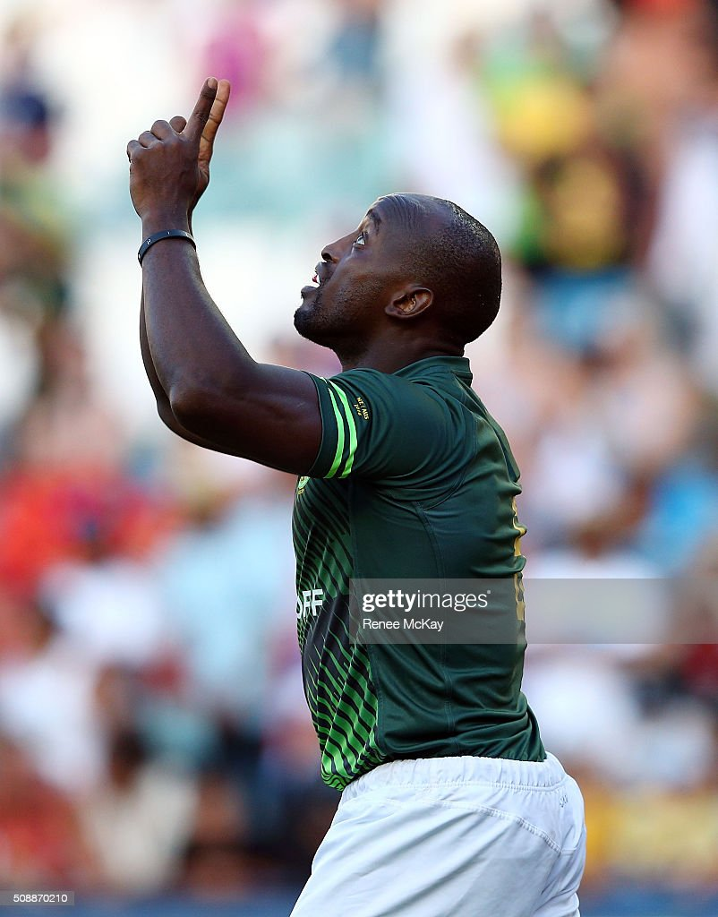 Sandile Ngcobo of South Africa celebrates his try during the 2016 Sydney Sevens match between South Africa and Fiji at Allianz Stadium on February 7, 2016 in Sydney, Australia.
