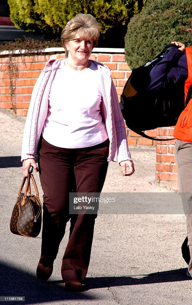 Sandra Beckham during Victoria Beckham's Family Arrive at the Ruber International Medical Centre - February 21, 2005 at Ruber International Medical Center in Madrid, Spain.