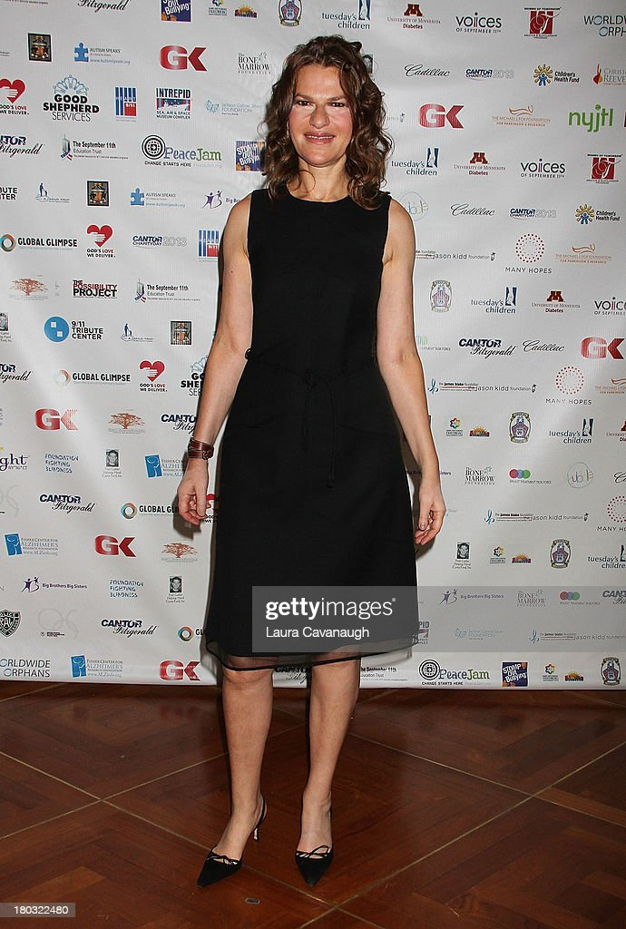 <a gi-track='captionPersonalityLinkClicked' href=/galleries/search?phrase=Sandra+Bernhard&family=editorial&specificpeople=204693 ng-click='$event.stopPropagation()'>Sandra Bernhard</a> attends Cantor Fitzgerald And BGC Partners Annual Charity Day at Cantor Fitzgerald on September 11, 2013 in New York City.