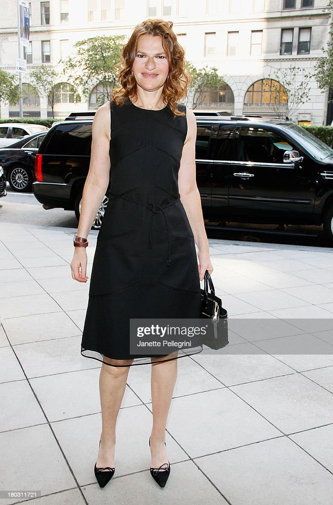 <a gi-track='captionPersonalityLinkClicked' href=/galleries/search?phrase=Sandra+Bernhard&family=editorial&specificpeople=204693 ng-click='$event.stopPropagation()'>Sandra Bernhard</a> attends the Annual Charity Day Hosted By Cantor Fitzgerald And BGC at the Cantor Fitzgerald Office on September 11, 2013 in New York, United States.