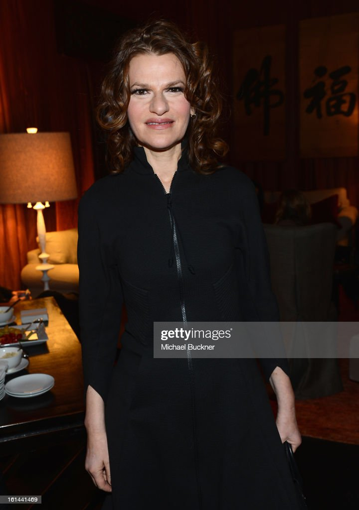 <a gi-track='captionPersonalityLinkClicked' href=/galleries/search?phrase=Sandra+Bernhard&family=editorial&specificpeople=204693 ng-click='$event.stopPropagation()'>Sandra Bernhard</a> attends the Mercedes-Benz Start Lounge at Lincoln Center on February 10, 2013 in New York City.