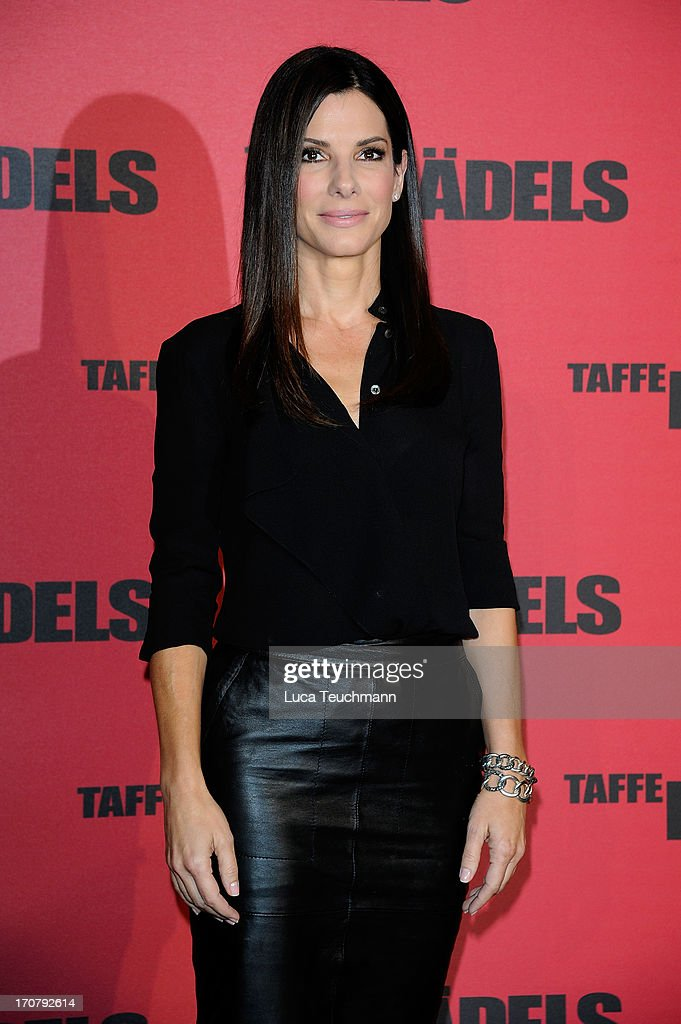 Sandra Bullock attends the photocall 'Taffe Maedels' at Hotel De Rome on June 18, 2013 in Berlin, Germany.