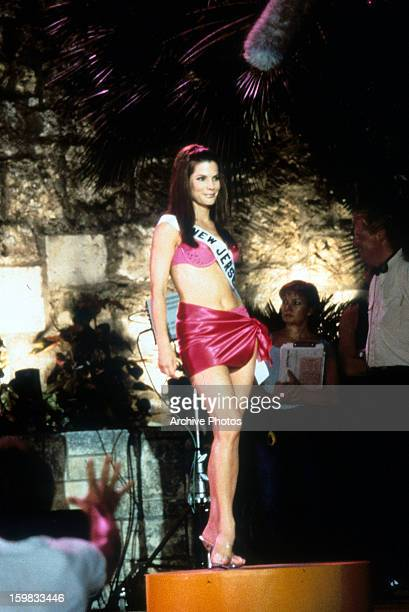 Sandra Bullock stands on stage in a scene from the film 'Miss Congeniality' 2000