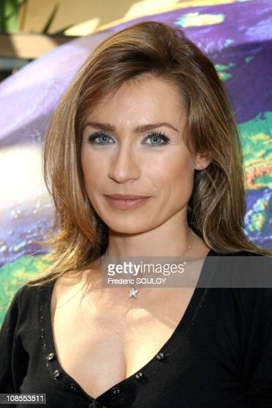 ... <b>Sandra Larue</b> BFM TV in Paris France on September 29 2006 ... - sandra-larue-bfm-tv-in-paris-france-on-september-29-2006-picture-id108553511?s=594x594