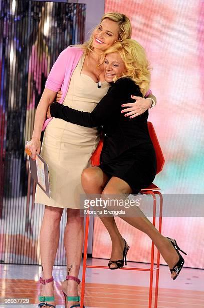 Sandra Milo and Simona Ventura appear on 'Quelli che il clacio' tv show on May 9 2010 in Milan Italy