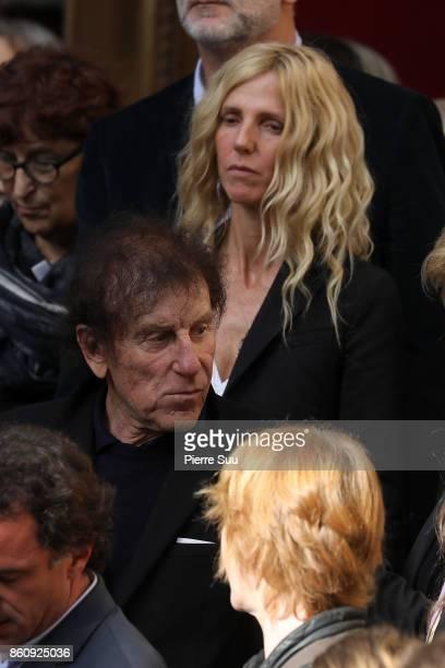 Sandrine Kiberlain and Alain Souchon attend Jean Rochefort's Funeral At Eglise SaintThomas D'Aquin on October 13 2017 in Paris France