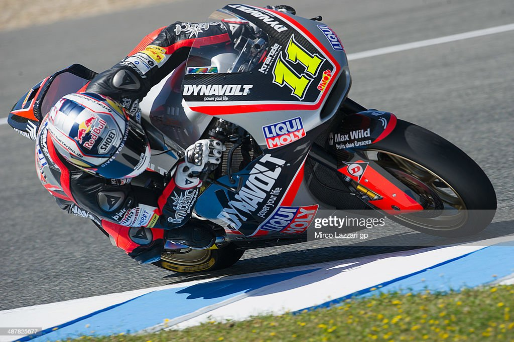 <a gi-track='captionPersonalityLinkClicked' href=/galleries/search?phrase=Sandro+Cortese&family=editorial&specificpeople=2206207 ng-click='$event.stopPropagation()'>Sandro Cortese</a> of Germany and Dynavolt Intact GP rounds the bend during the MotoGp of Spain - Free Practice at Circuito de Jerez on May 2, 2014 in Jerez de la Frontera, Spain.