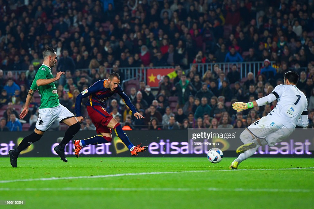 Sandro Ramirez of FC Barcelona scores his team's third goal during the Copa del Rey Round of 32 second leg match betwen FC Barcelona and Villanovense on December 2, 2015 in Barcelona, Spain.
