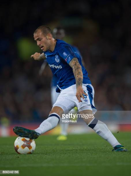 Sandro Ramírez of Everton in action during the UEFA Europa League group E match between Everton FC and Apollon Limassol at Goodison Park on September...