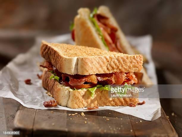 BLT サンドイッチ、フライドポテト