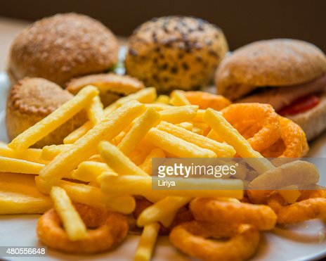 Sandwiches and crisps : Stock Photo